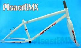 "Skyway 24"" T/A XL Pro Cruiser frame & fork set WHITE"